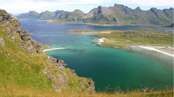 hike lofoten exploranor moderate
