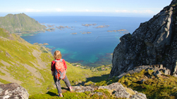 hike lofoten exploranor sporty